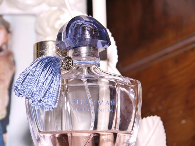 Parfüm minta a kísérletezőknek